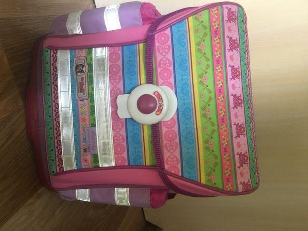 Рюкзак школьный McNeill