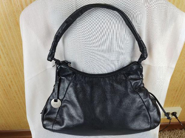Женская черная кожаная сумка Tula
