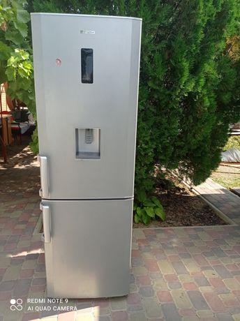 Холодильник  Веко двухкамерный 185 см
