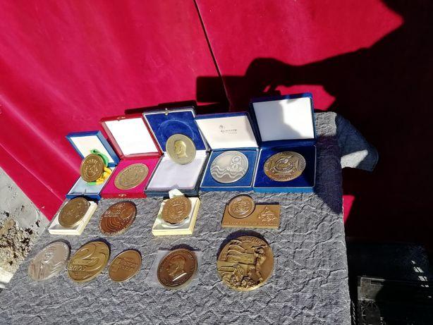 Medalhas em latão