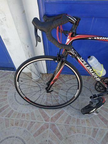 Vendo bicicleta estrada em carbono Specialized