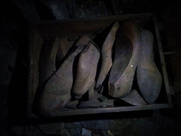 drewniane formy do butów czasy wojenne
