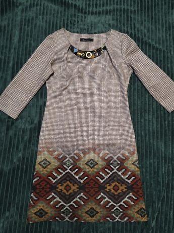 Женское платье 42 р