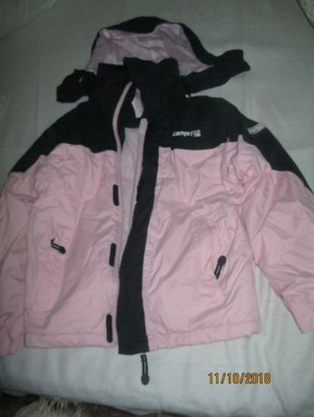 куртка для девочек на рост 134- 140 на 8-10 лет