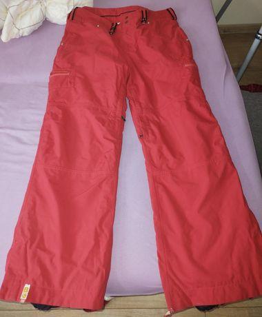 Spodnie narciarskie damskie czerwone