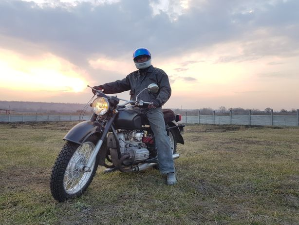 Мотоцикл МТ Днепр