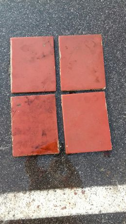 Stare płytki cementowe glazurowane 5m2 rozmiar 24x 31 mniejszych 31x31