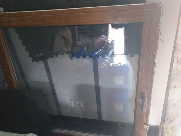Okno z rozbiórki wymiary 140 x 140