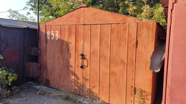 """Продам металевий гараж в кооперативі """"Колесо""""."""
