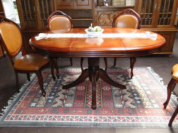 Mesa de sala em madeira - Extensível - Só a mesa as cadeiras são à par