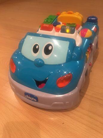 Carro com som bilíngue Chicco