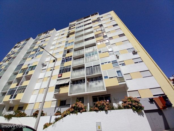 3 assoalhadas c/ Elevador - Miratejo - 85m2 - Zona Central