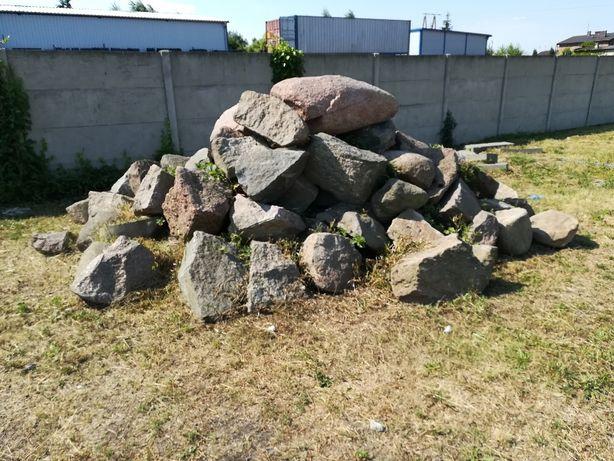 """Kamienie """"Głazy"""""""
