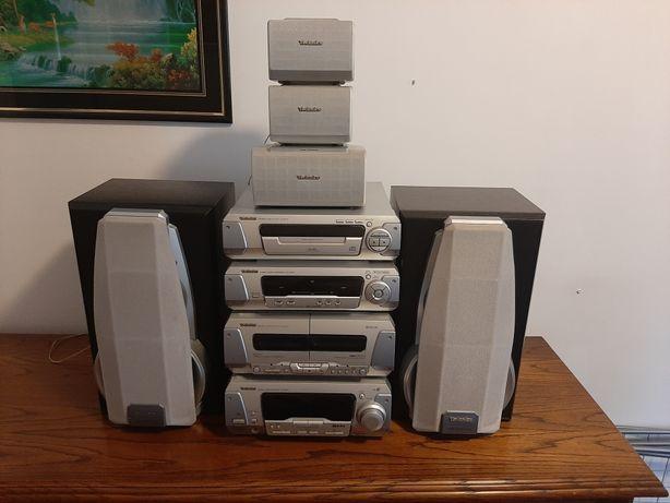 Wieża Technics z zestawem głośników