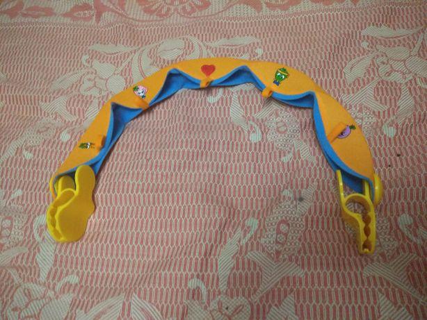 Подвеска - дуга для игрушек на детскую коляску