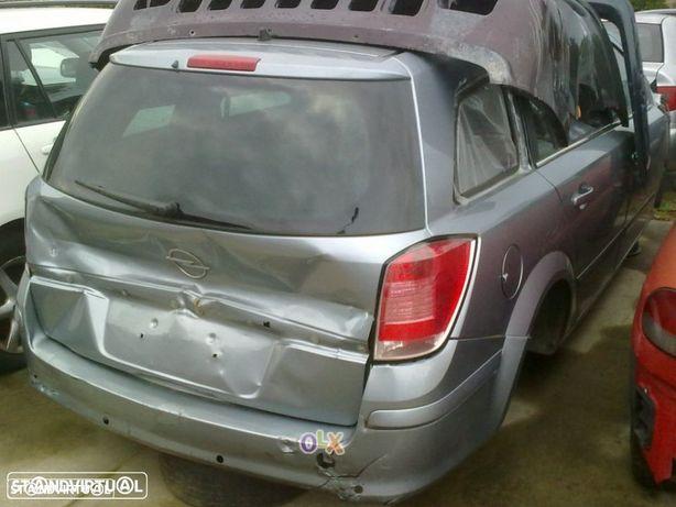 Traseira / Frente /Interior Opel Astra H Caravan