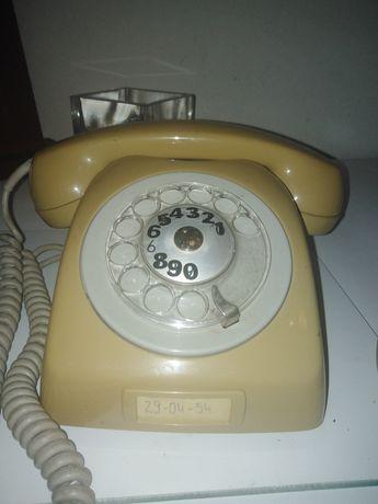 Sprzedam stary telefon stacjonarny