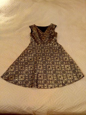 Sukienka złoto czarna krótka.