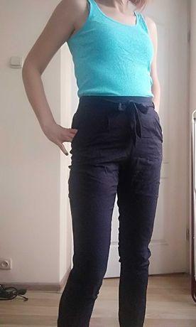 Spodnie czarne C&A wiązane w pasie