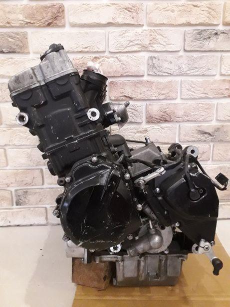 Мотор Suzuki GSR 600. Двигатель GSR-600 от 2006 года.