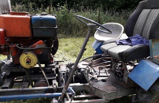 Traktor sam w dobrym stanie