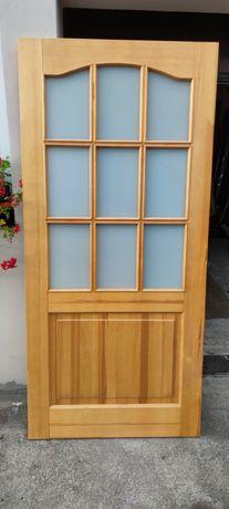 Nigdy nie zamontowane, przesuwne, z litego drewna drzwi