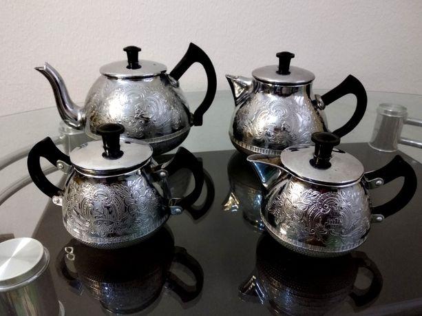 Комплект мельхиоровых чайников «50 лет Советской власти»