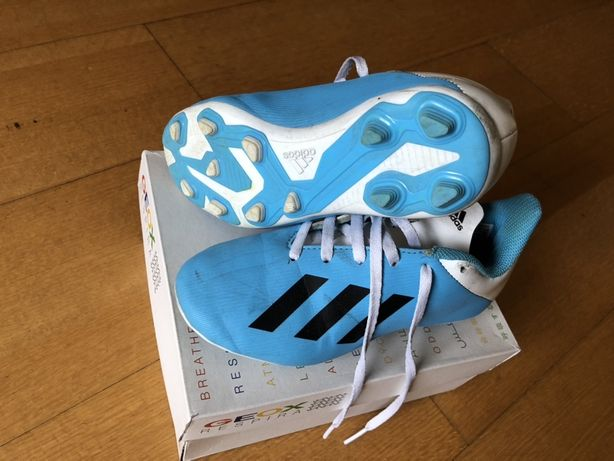 Chuteiras Adidas T 32