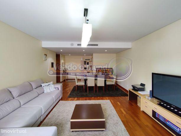 Apartamento T3 em Alverca  (ALV125)