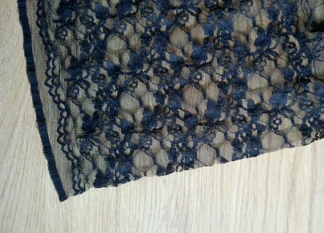 Czarna koronka, materiał, tkanina 2 metry kwadratowe