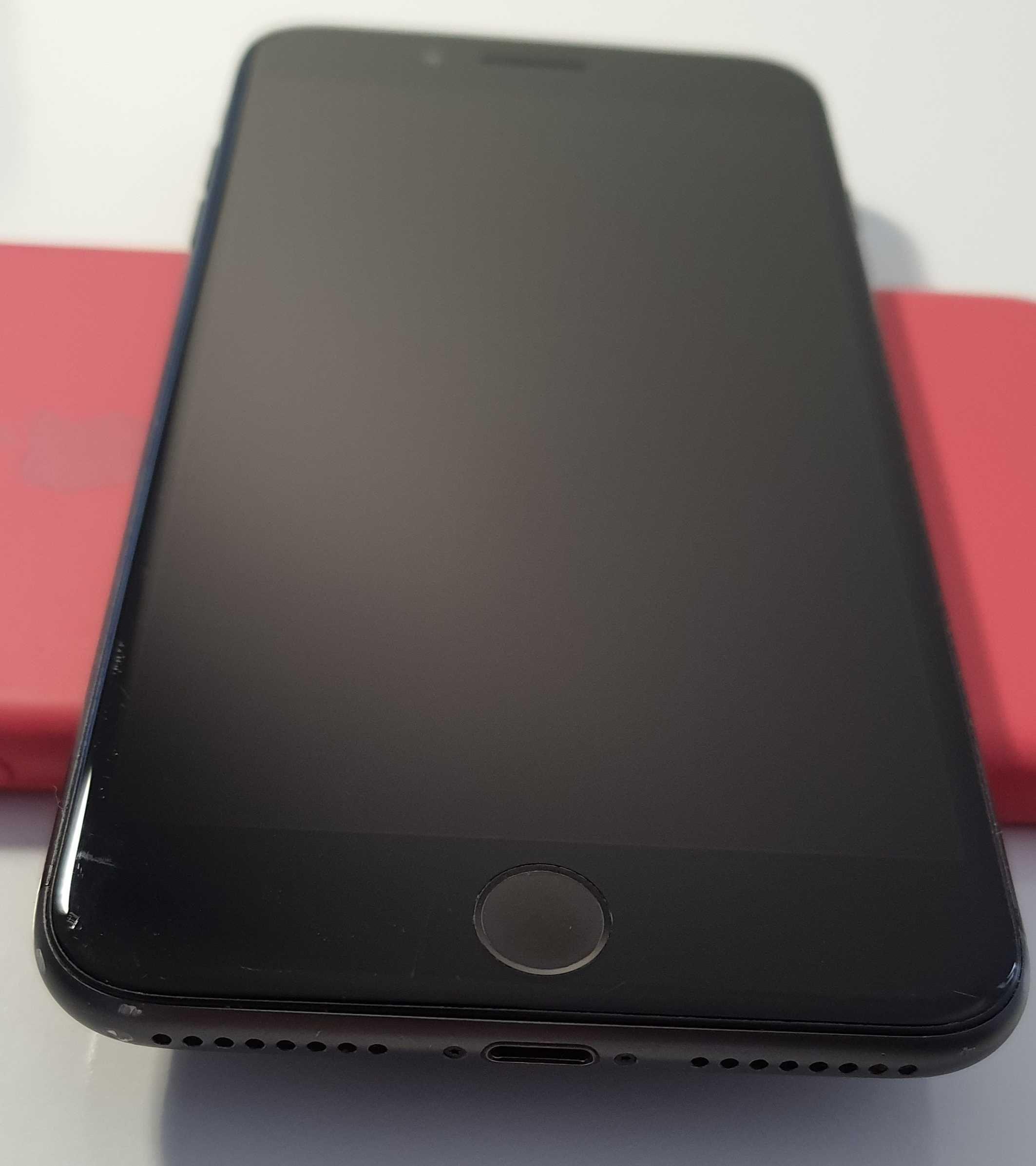 iPhone 8 Plus 64 Gb space grey б/у