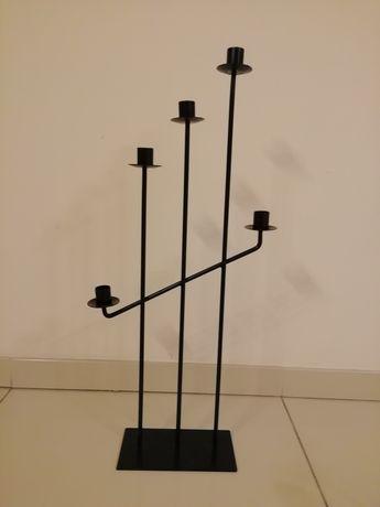 Świecznik czarny wysoki metalowy