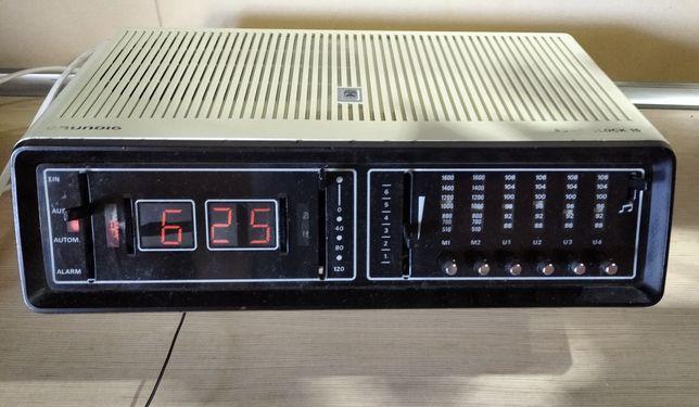 Grunding Sono-Clock 15 alt, PRL, rekwizyt, retro, radiobudzik