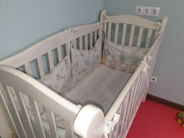 Детская кроватка (качалка)