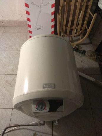 Bojler Elektryczny Galmet o mocy 1.5 kW, pojemność 40 l