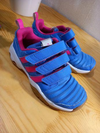 Фирменные подростковые кроссовки  Adidas