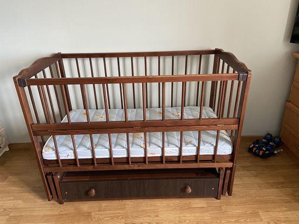Детская кроватка,ліжко,ліжечко Верес с маятником и шухлядой