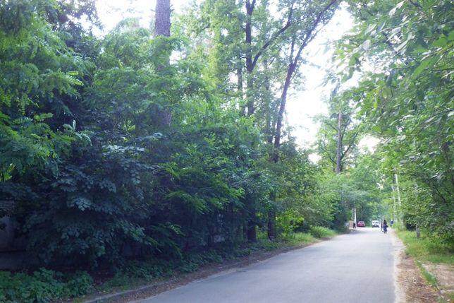 Продам участок 6 соток в лесной части Бучи рядом с парком