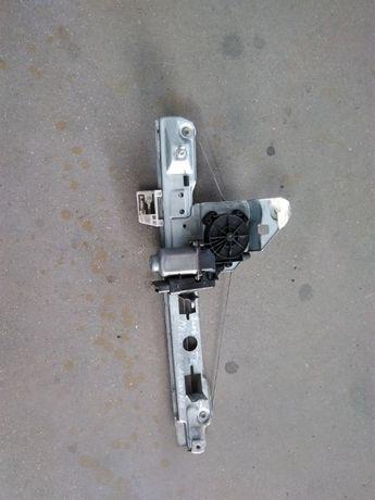 Elevador Porta trás esquerda Renault Megane (carrinha) 06-