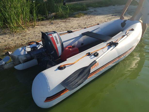 Лодка Колібрі КМ300 з мотором Yamaha 8