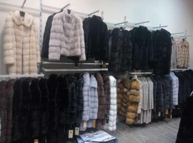 Продам торговое оборудование б/у (торговая мебель) для одежды и обуви