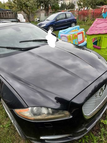 Sprzedam Jaguar model xj 5.0  benzyna rok 2010. 510km.