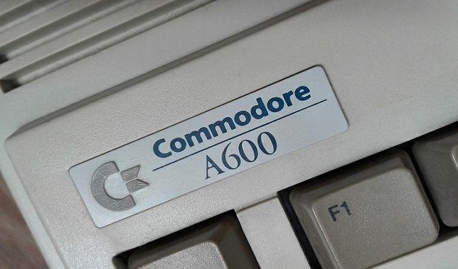 Amiga 600 Furia 020 8MB Fast 2MB CHIP zamienię na hulajnoge elektryczn