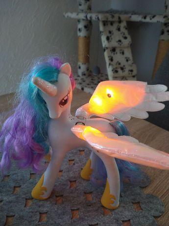 My little Pony orginalny konik mòwi dużo po polsku świecą się skrzydła