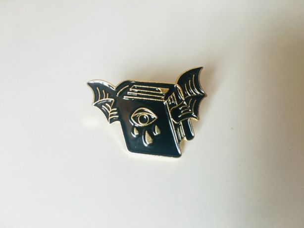 Пин / значок / pin