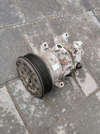 Sprężarka kompresor klimatyzacji Toyota Corolla verso 04-08r 2.2 dcat