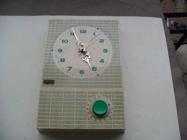 Kolekcjonerski zegar Predom metron z minutnikiem