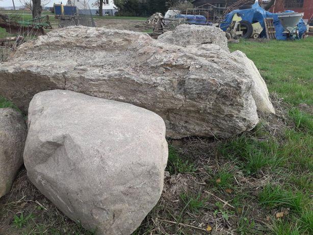 Kamień polny - idealne głazy do ogrodu