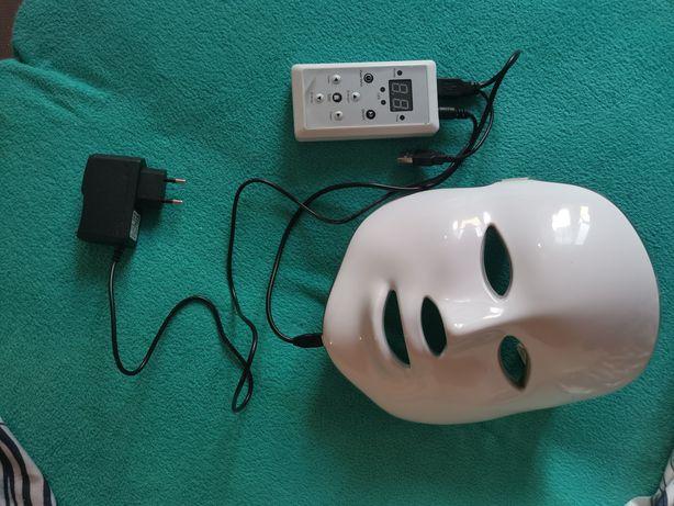 Maska ze światłami LED, różne kolory