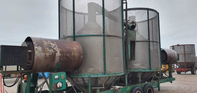 Suszarnia do zbóż ESOR- AGRIMEC- Dublet 20 ton dzielona na 2 WOM Olej